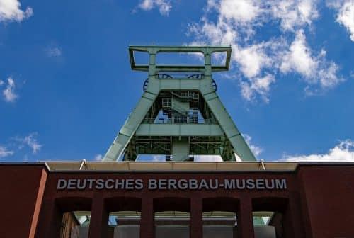 Bestattung in Bochum mit Feuerbestattungen24.de