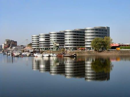 Bestattung in Duisburg mit Feuerbestattungen24.de