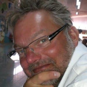 Dirk Brocki Geschäftsführer von Feuerbestattungen24.de