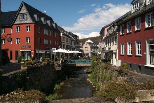 Bestattung in bad-Münstereifel-Feuerbestattungen24